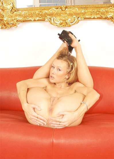 Wild contortion sex with hot flexible milf